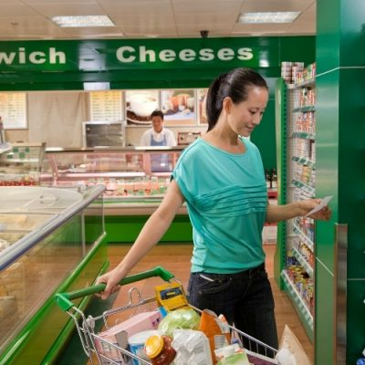4 Tricks to Cutting Your Grocery Budget in Half