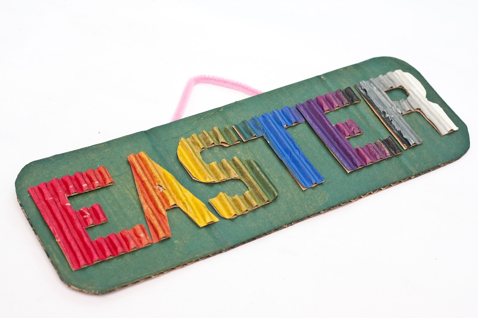 DIY creative easter door sign decor. Cute easy easter craft to decorate your home.
