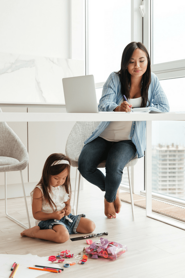 Afford to be a stay at home mom as a virtual assistant
