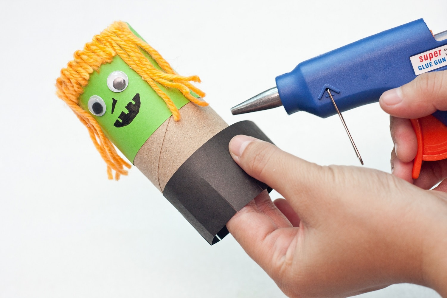 halloween projects toilet paper roll craft